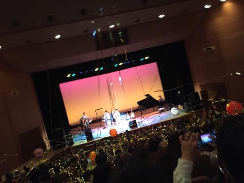 kyas-concert03.jpg